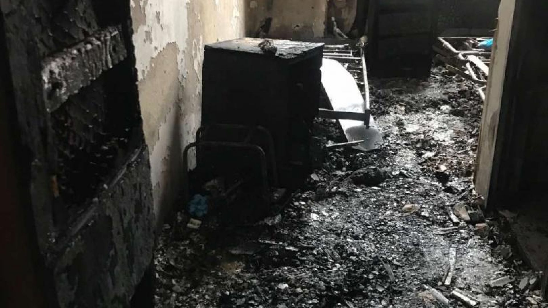 """Разказ на пожарникарите, вадили от пламъците пациентите в """"Пирогов"""""""