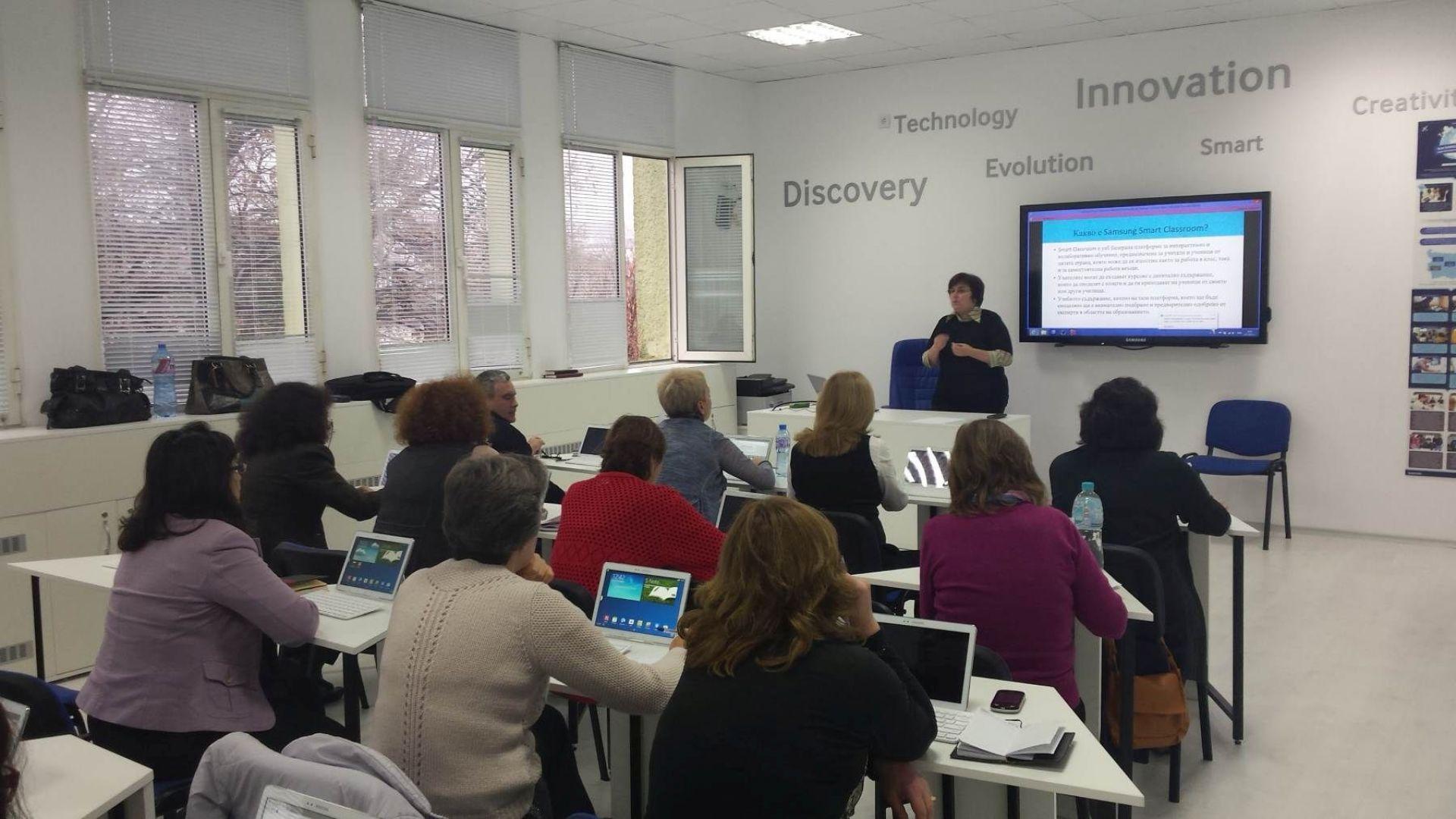Учителите и IT специалистите са най-търсени на трудовия пазар