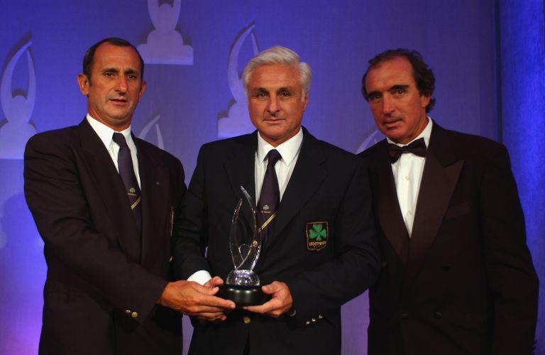 Нандо Парадо, Карлос Паес и Роберто Канеса на награждаване с държавни ордени в Уругвай на 40-ата годишнина от катастрофата