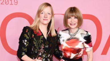 Дизайнерката Сара Бъртън ще бъде почетена с награда от Британския моден съвет