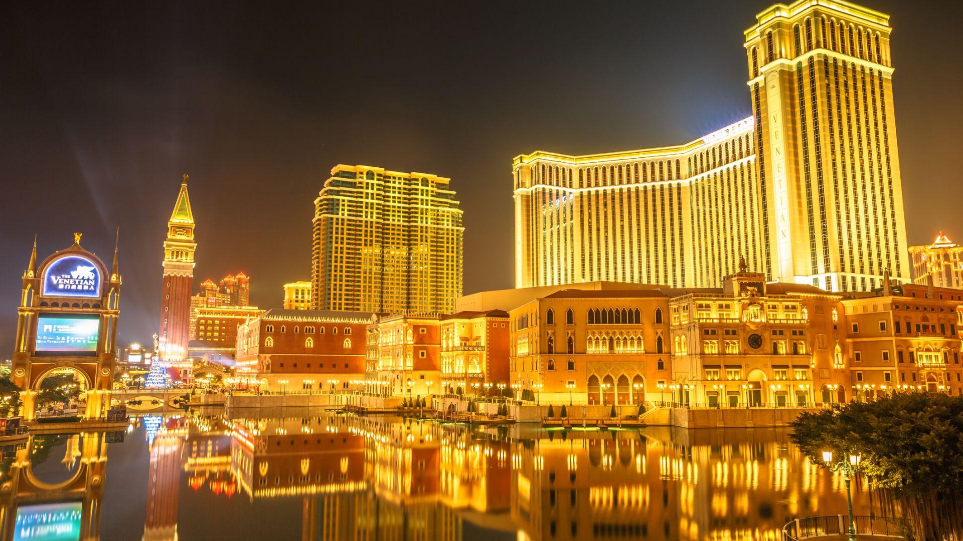 Акциите на казината в Меката на хазарта се сринаха