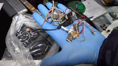 ГДБОП разби мащабна група за скиминг устройства в чужбина (снимки и видео)