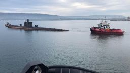 """Операция """"Слава"""": Започна изтеглянето на последната българска подводница (снимки)"""