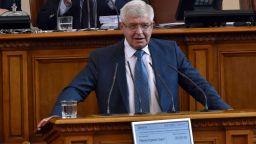 Кирил Ананиев разписа над 93 млн. лв. за изграждането на Национална детска болница