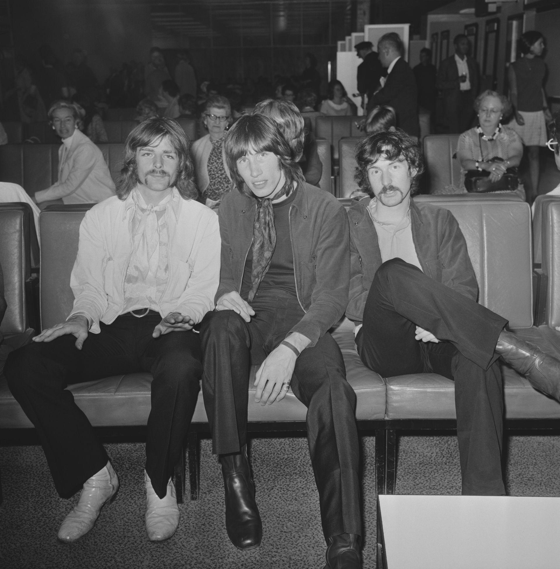 1968 г., Рик Рай (вляво), Роджър Уотърс и Ник Мейсън