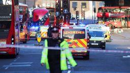 Стрелба на Лондон Бридж, има ранени и съмнения за тероризъм