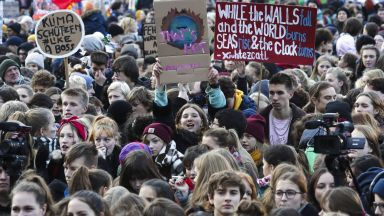 Масови демонстрации по целия свят за мерки срещу климатичните промени