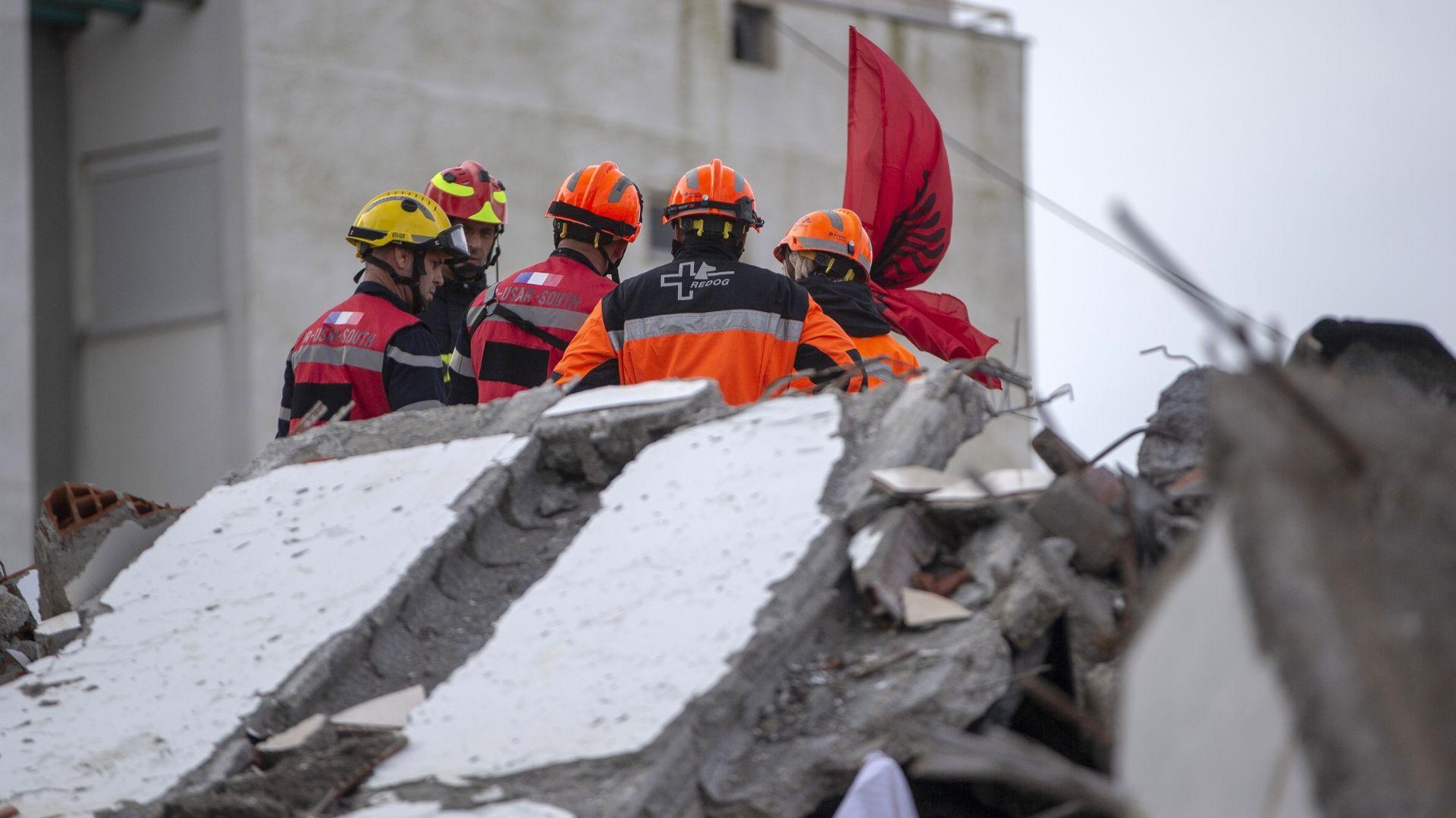 Арестуваха 40 души в Албания заради щетите от земетресението