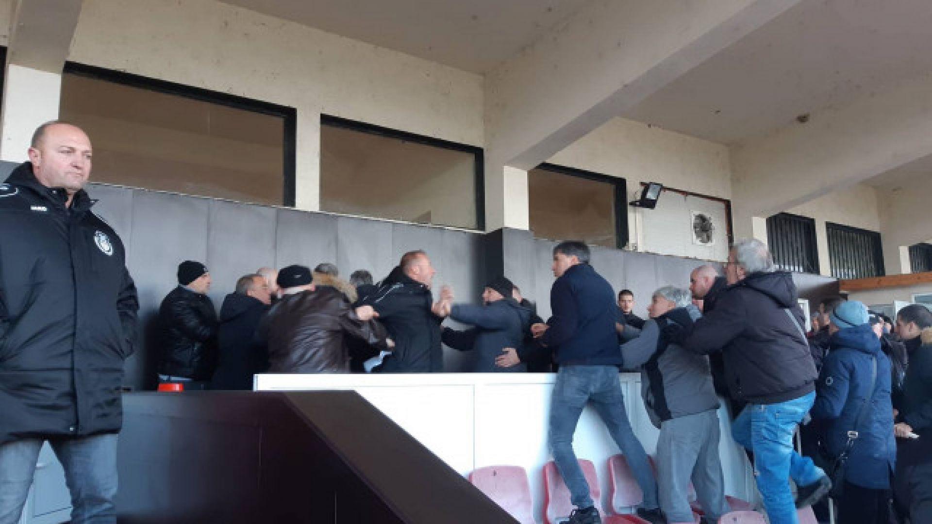 """МВР излезе с изявление след боя на стадион """"Локомотив"""""""