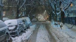 Последен топъл ден, идват студ и сняг в неделя