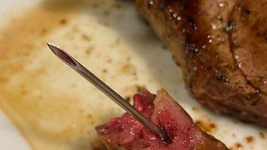 Дете откри 4-сантиметрова игла в пържолата си