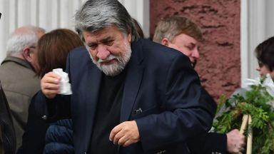 """Вежди Рашидов няма да е активен политик, иска да остане """"добрия художник"""""""