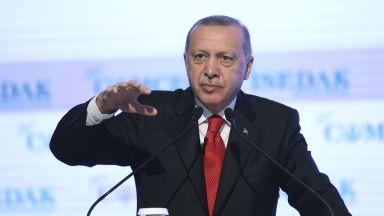 Ердоган спря социалните мрежи в Турция