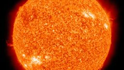 Какво означава настъпването на слънчевия минимум