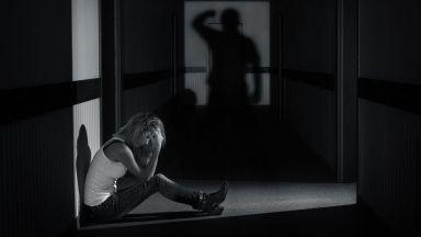 Жена със съмнения за COVID-19 почина заради домашно насилие