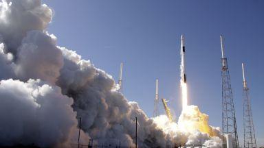 SpaceX изстреля нова партида спътници за интернет