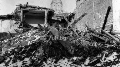33 г. след земетресението в Стражица - снимките връщат спомена за 15 000 разрушени къщи (галерия)