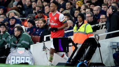 Капитанът на Арсенал си излезе до тоалетна, докато отборът му бе на зор... да изравни