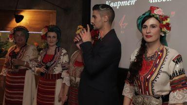 Тихомир Митов превърна тежката си история в кауза и песен