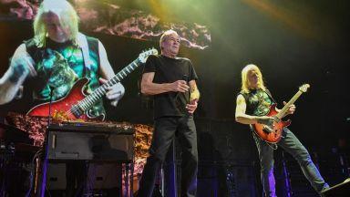 """Deep Purple забиха """"Шаро и първият сняг"""" в София"""