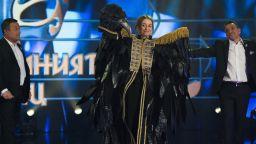 """Михаела Маринова триумфира с наградата от """"Маскираният певец"""""""