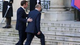 Путин пристигна последен за ключовата среща на Нормандската четворка (снимки)