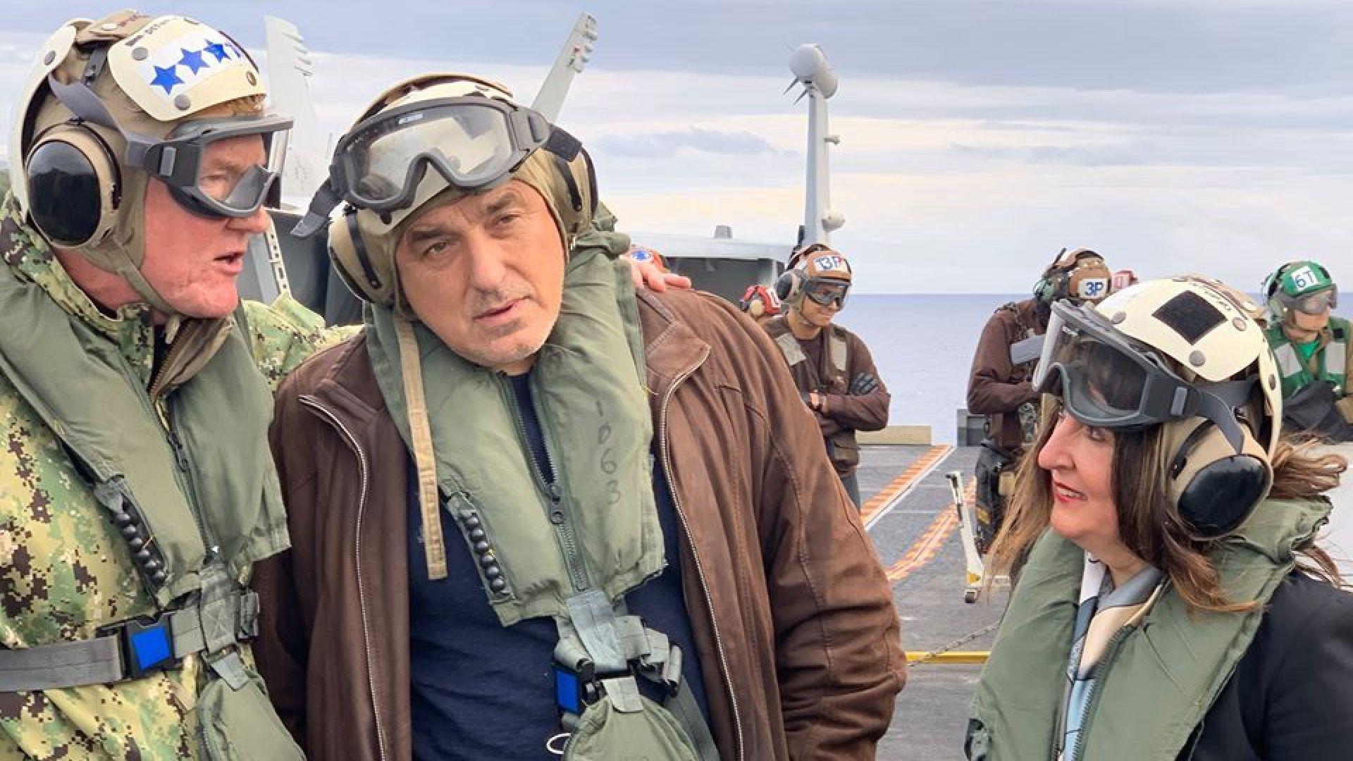 """Борисов се качи на борда на американския самолетоносач """"Хари С. Труман"""" (снимки)"""