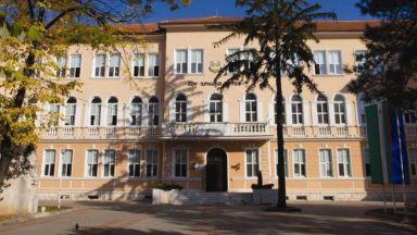 Камерите в училището във Враца записали инцидента с починалата ученичка