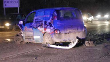 Челен удар на булевард в Шумен, борят се за живота на четирима (снимки)