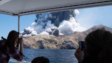 Учени от години предупреждават да не се ходи до вулкана в Нова Зеландия (снимки, видео)
