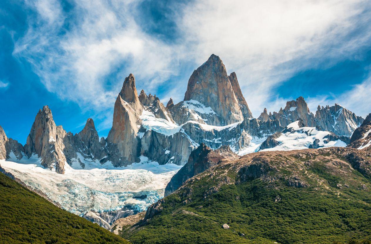 """В началото на 2020 година Петя Колчева тръгва на експедиция """"3 в 1"""", в Антарктика и Южна Америка, поставяйки си за цел да покори върховете Monte Fitz Roy, Aconcagua и Mount Vinson"""