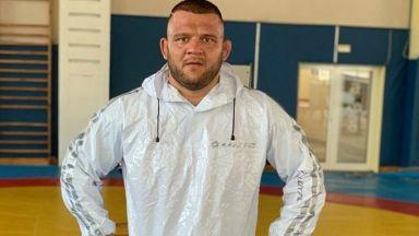 Борецът Николай Щерев загуби битката с коронавируса