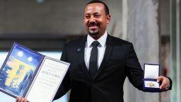 Връчиха Нобеловата награда за мир на премиера на Етиопия (снимки и видео)