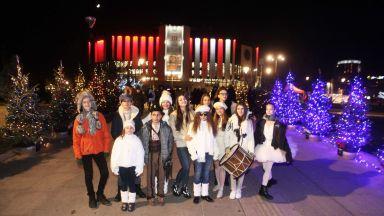 Елхи на Таланта на Деси Тенекеджиева превърна София в Коледна приказка