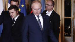 За 5 г. и най-малко 7 млрд. долара: Украйна и Русия подписаха газовия договор