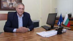 Бойко Рановски пред Dir.bg за новите екостикери, мръсния въздух и прегледите на колите