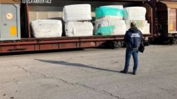 В Италия заловиха над 800 т незаконен боклук за България
