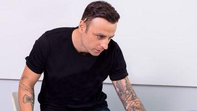 Димитър Бербатов със собствена марка рисувани дрехи