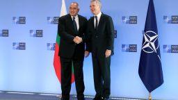 Борисов пред шефа на НАТО: Въоръжаваме се, за да възпираме всякакъв мерак (видео)