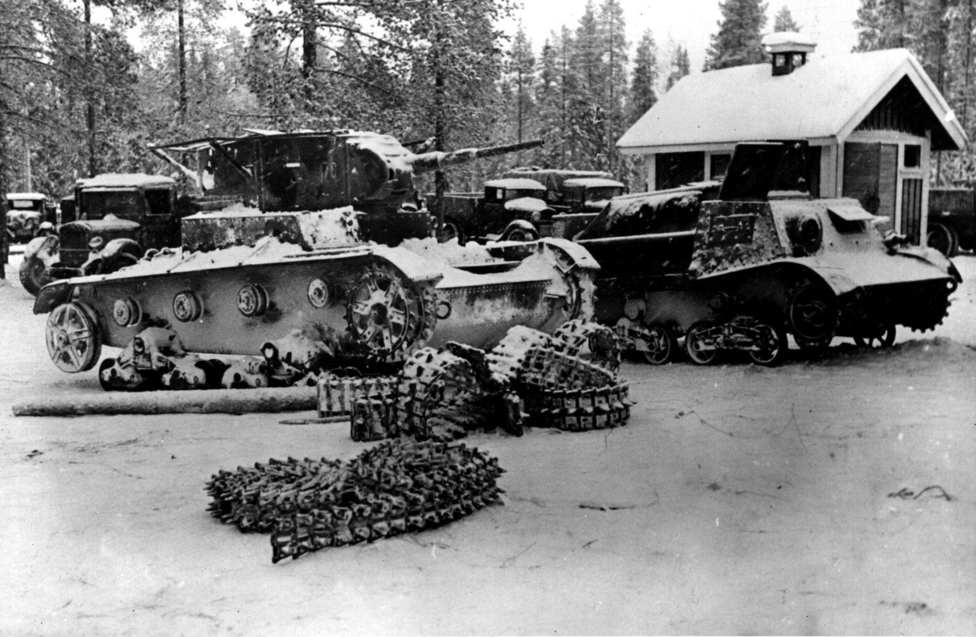 Пленени от финландците руски танкове
