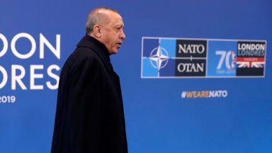 """Две """"тежки имена"""" тръгват на битка с Ердоган"""