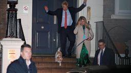 Консервативната партия печели  мнозинство в британския парламент