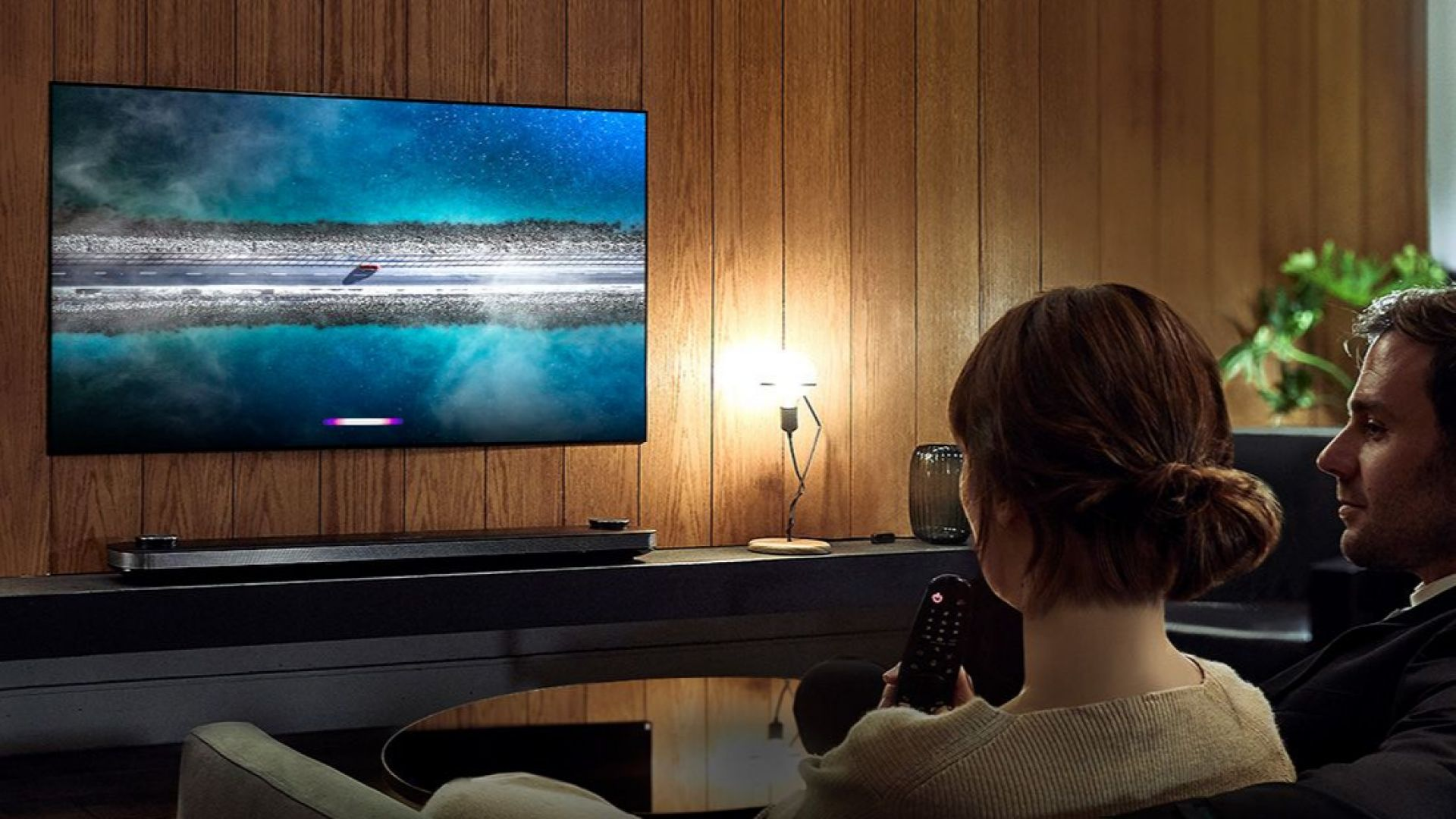 Домашното кино може да бъде не само приятно за мач, но и романтично преживяване