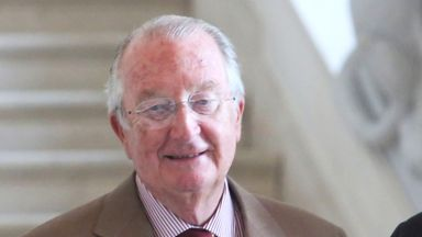 Бившият крал на Белгия Албер II претърпя неуспех в спора за бащинство