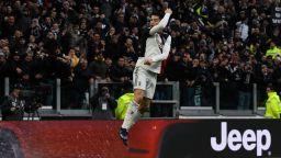 Роналдо изригна в свой стил и прати Юве на върха