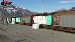 Италиански журналист описва схемата за трафик на боклук в Източна Европа