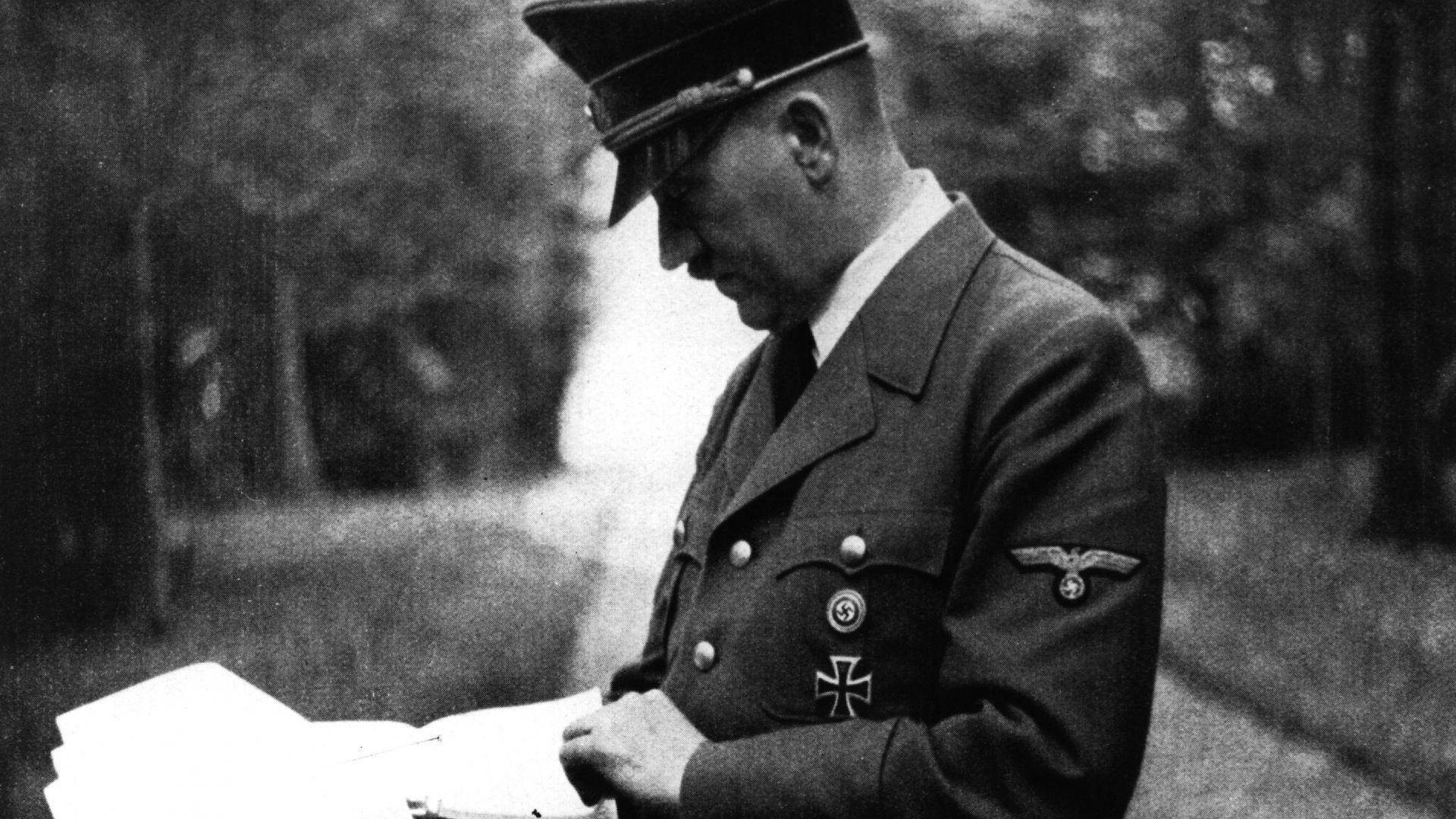 На 15 декември 1944 г., девет дни преди Коледа, Винголф
