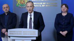 Вълчев: Ще има предложение матурите да се проведат на 30 май и 1 юни