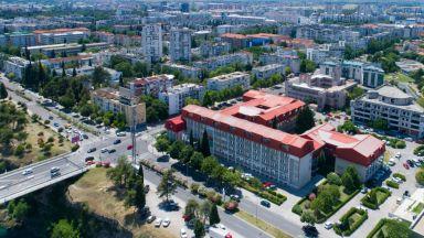 Експлозия до българското посолство в Подгорица, нанесени са щети по сградата