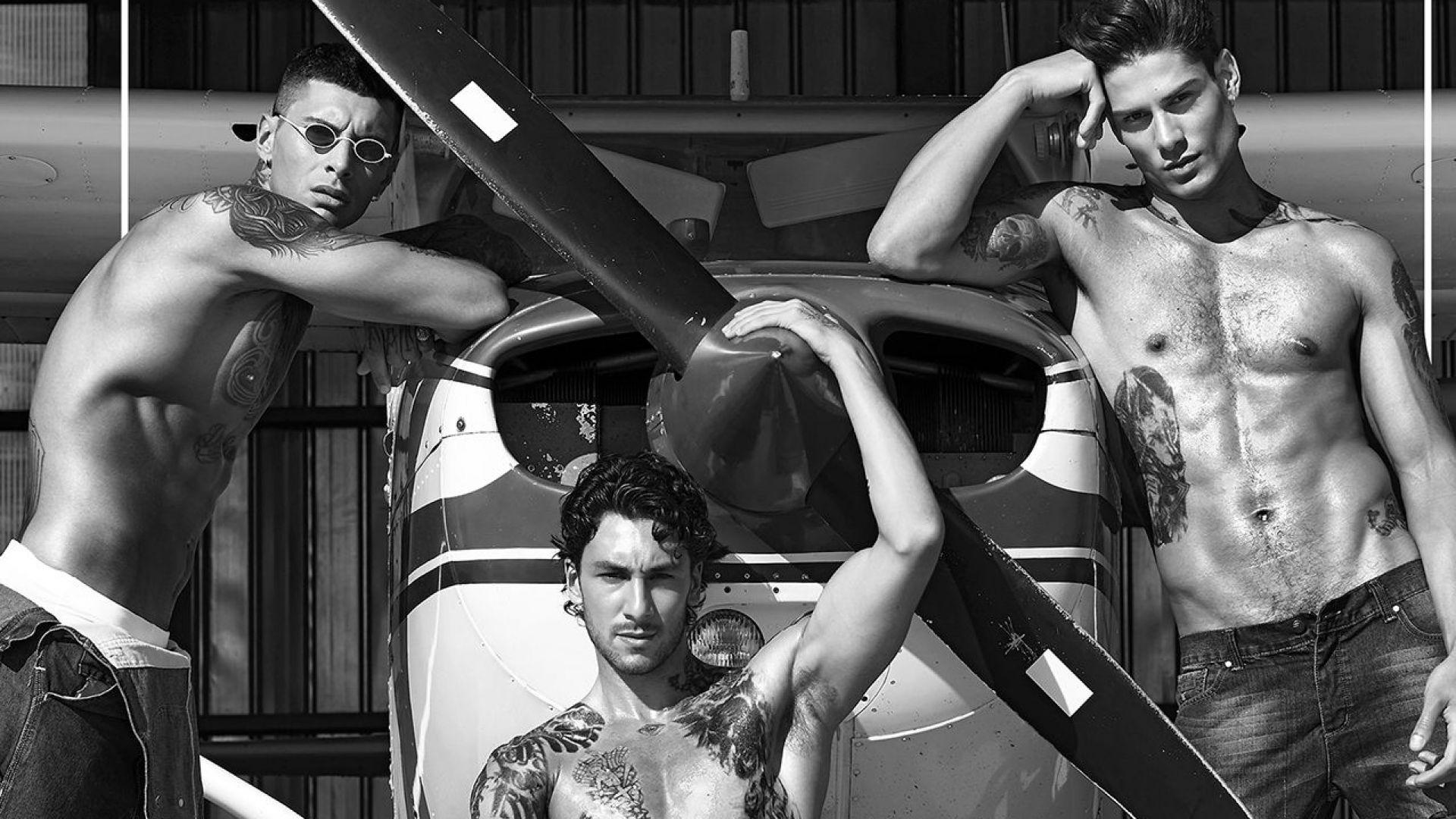 Красиви мъже в черно-бяло в календара на Георги Петков за 2020-та